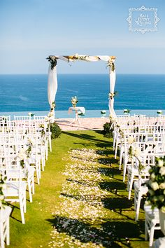 With the blue sky and the ocean in the background, this simple set-up of the altar and the aisle is perfect for your Bali beach wedding. To set up yours, please visit http://balieventstyling.com