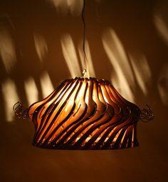 Wood Hangers Lamp #DIY #Reuse #Recycle