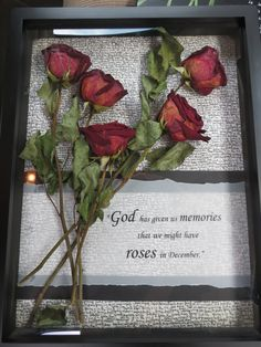 Dried roses from a friend's funeral preserved in display case – Preserved Roses Flower Crafts, Flower Art, Decoration Shabby, Flower Shadow Box, Drying Roses, Memorial Flowers, Preserved Roses, How To Preserve Flowers, Preserving Flowers