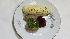 Kdo nejí vnitřnosti, má v úvodu poslední večeře smůlu, snad si dá alespoň dobré domácí rohlíčky.