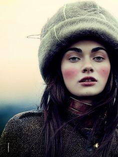 Model: Antonina Vasylchenko | Photographer: Luis Sanchís - for D Magazine, October 2014