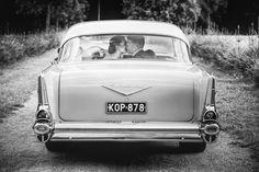 Wedding couple and classy wedding car. Location: Hämeenlinna, Finland. www.valokuvausoxa.com