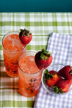 Spiked Strawberry Rhubarb Lemonade