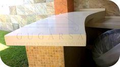 Cubierta para Barra de Asador en superificie sólida (Corian / Krion) en color Crema. www.gugarsa.com.mx / cubiertasgugarsa@hotmail.com