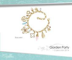 El brazalete está compuesto de dijes dorados y pasteles con cristales SWAROVSKI y cuentas de cristal. Los dijes incluyen flores, hojas, y piedras en tono rosado, menta, aqua, perla, rosado y más. www.lacoqueteria.co #bracelet #brazalete #accesories #beautiful #lacoqueteria #fashion  #shoppingonline #tiendaenlinea #mexico #accesorios #moda #monterrey #merida #vestidos #joyeria #bisuteria #boda #tendencias