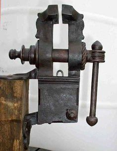 Gallery of Latane Works Antique Tools, Old Tools, Vintage Tools, Unique Furniture, Furniture Design, Blacksmithing Ideas, Blacksmith Tools, Small Bench, Bench Vise