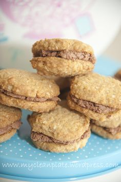 My Clean Plate | Golden Quinoa 'Kingston' or 'Anzac' Biscuits (Gluten Free, Lactose Free, Low Fodmap, egg free)