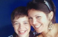 Harry was children with his mom, ouuhh, sweet..