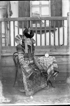 Khalkh Mongol Women