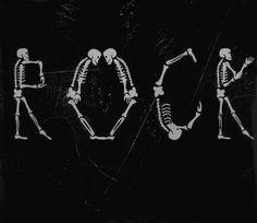 rock sleeping with sirens sws pierce the veil punk lp Black Veil Brides metallica of mice and men Linkin Park Iron Maiden bvb Punk Rock black sabbath ptv gnr bon jovi fir am artic monkeys cd ETF miw hard rock Scorpions death core 5sos NYD 5 second of summer not so rock at all