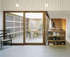 oyster farm hangar/cabin  / raum architects