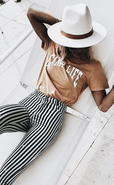 Swans Style is the top online fashion store for women. Shop sexy club dresses, jeans, shoes, bodysuits, skirts and more. Summer Outfits, Casual Outfits, Cute Outfits, Fashion Outfits, Womens Fashion, Fashion Trends, Fashion Clothes, Fashion Shoes, Stripped Pants
