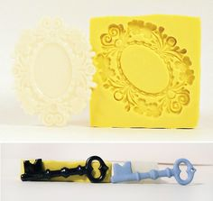 I love this frame idea/mold for weddings, or bridal showers.....I could fill the center with either table numbers, food names/descriptions....they could even be used for place settings!