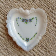 Vtg Heart Shaped White Milk Glass Trinket Dish Hand Painted Dainty Blue Flowers