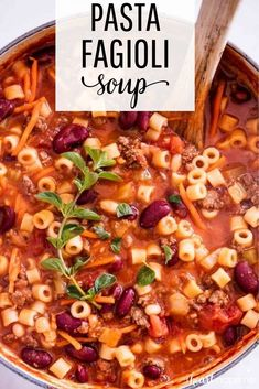 This Pasta e Fagioli Soup tastes almost identical to the Olive Garden Pasta e Fagioli recipe! Not only is this soup hearty and delicious, but it's also pretty healthy! pasta healthy One-Pot Pasta e Fagioli (Olive Garden copycat!) - I Heart Naptime Diet Food To Lose Weight, Pasta E Fagioli Soup, Pasta Soup, Pasta Fagioli Crockpot, Olive Garden Pasta Fagioli, Crockpot Minestrone, Recipe Minestrone, Pot Pasta, Shrimp Pasta