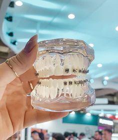 Dental World, Dental Life, Dental Art, Dental Health, Dental Hygiene School, Dental Humor, Dental Hygienist, Dental Assistant, Dental Wallpaper