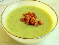 Имам и една мноооого любима вкусна супичка, по рецепта на моята майка, която сега искам да споделя с вас.На снимката тя е във вариант на к...