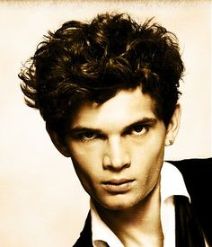 mens hair | brown | curly   VISIT US FOR #HAIRSTYLES & ADVICE  WWW.UKHAIRDRESSERS.COM
