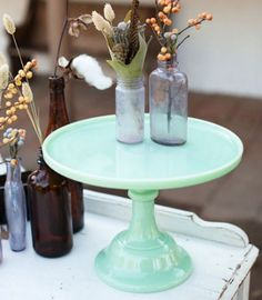 Aquamarine, Scuba Blute, Lucite green + Almond among Pantone's top colors for Spring 2015