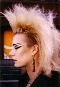 I still love the late 70's early 80's goth and punk looks.