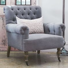 { A C C E N T C H A I R S } Accent chairs are not only great for additional seating but are fabulous to add colour and personality to your room.  Our St Tropez Chair is available in French Taupe Linen, Belgium White Linen and the gorgeous Blue Musk Linen #FDloves #designerchair #hamptons #hamptonsdecorating #frenchcountry #frenchdressing #french_dressing_furniture