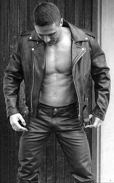 Sexy Guys, Sexy Men, Hot Guys, Leather Jackets, Leather Men, Urban Male, Tom Of Finland, Hunks Men, Hommes Sexy