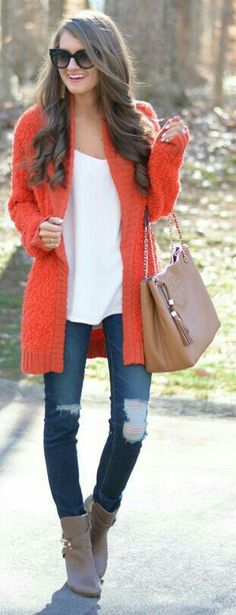 Need a flowy long white tank like this! Love the orange