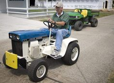 #JohnDeere marks lawn tractor's 50th birthday @Dodge County Fairgrounds this weekend #PatioTractor via @fdlreporter