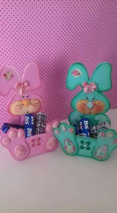 Easter Crafts Bunny Crafts Candy Boxes Deco Mesh Easter Baskets Coelho Projects To Try Puppets Decoupage Foam Crafts, Crafts To Make, Easy Crafts, Crafts For Kids, Paper Crafts, Clown Party, Dollar Tree Decor, Bunny Crafts, Egg Decorating