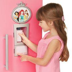 Little Girl Toys, Baby Girl Toys, Toys For Girls, Disney Princess Bedroom, Disney Princess Toys, Princess Bedrooms, Princess Kitchen, Barbie Camper, Baby Alive Dolls
