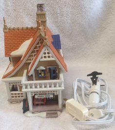 Dept 56 BOBWHITE Cottage New England Village Dept 56.56576 lighted building EUC