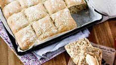 Herkullinen leipä, joka ei ihan heti lopu kesken – Tarun ohjeella onnistuvat lapsetkin - Ajankohtaista - Ilta-Sanomat A Food, Good Food, Food Inspiration, Banana Bread, Nom Nom, French Toast, Cheese, Homemade, Breakfast