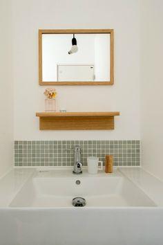 洗面台 Laundry In Bathroom, Bathroom Toilets, Washroom, Muji Home, Sweet Home Design, Home Comforts, Japanese House, Home And Deco, Fashion Room