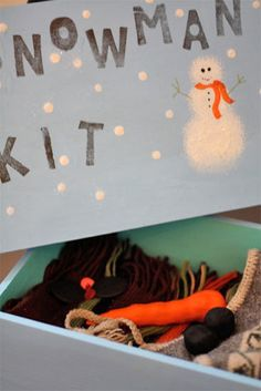 DIY Snowman Kit- Need to make one for my kids.we always scramble at the last minute to come up with ideas for snowman accessories Winter Crafts For Kids, Winter Fun, Winter Christmas, Gifts For Kids, Winter Ideas, Christmas 2014, Winter Time, Christmas Gift Decorations, Christmas Projects
