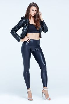 Tight Leather Pants, Faux Leather Leggings, Stretch Pants, Stretch Fabric, Girls In Love, Hot Girls, Vinyl Leggings, Body Sculpting, Perfect Fit