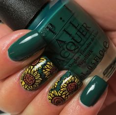 Base color in OPI's Stay off the Lawn! from the Washington DC Collection . I then used a Bundle Monster stamping plate for the sunflowers...