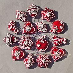 """Ékes Mézeskalácsok: Karácsonyra           ÉM/KF2/ 001, """"Üvegdísz"""" 9 cm, 650 Ft/db,   piros, mézbarna, natúr színekben elkészíthető ..."""