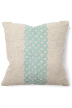 illusion Link Pillow
