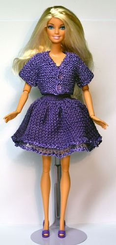Hundreds of FREE Knitting Patterns in English and Other Languages of Barbie Doll Clothes and Accessories