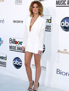 Check out the most interesting moments of the 2012 Billboard Music Awards. http://www.glamourvanity.com/hot-celebrity-news/2012-billboard-music-awards-winners/