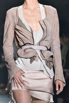 Love the layering of different fabrics!!! .http://www.stylebistro.com/runway/Paris+Fashion+Week+Spring+2015/Haider+Ackermann/Details