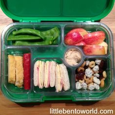 yumbox panino using silicon cup to make extra compartment bento pinterest cups lunches. Black Bedroom Furniture Sets. Home Design Ideas