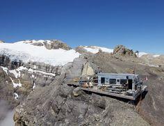 Refuge l'Espace, Glacier 3000 (VD / BE) Glacier, Mount Everest, Cabin, Mountains, Nature, Travel, Terraces, Beauty, Naturaleza
