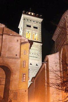 Iglesia de la Magdalena, torre Mudéjar, Zaragoza España