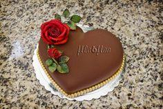 chocolate velvet heart cake - Cake by MLADMAN - CakesDecor