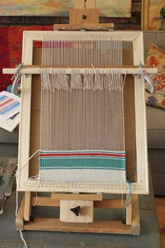 I learned to loom knit like this in art school in Georgia. Untangling Threads — how to make a simple homemade frame loom Tapestry Weaving, Loom Weaving, Rug Loom, Weaving Projects, Craft Projects, Craft Ideas, Yarn Crafts, Diy And Crafts, Homemade Frames