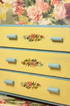 Pretty Vintage Floral Painted Chest of Drawers: www.vintage-home.co.uk
