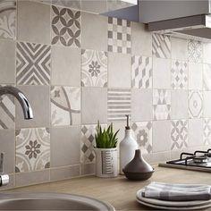 Плитка с узором: 30 идей для кухонного фартука