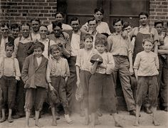 The History Place - Child Labor in America 1908-12: Lewis Hine Photos - Group Portraits