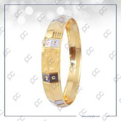 Gold Bangles, Gold Jewelry, Jewellery, Gold Kangan, Classic Gold, Makeup Kit, Cartier Love Bracelet, Jewels, Bracelets